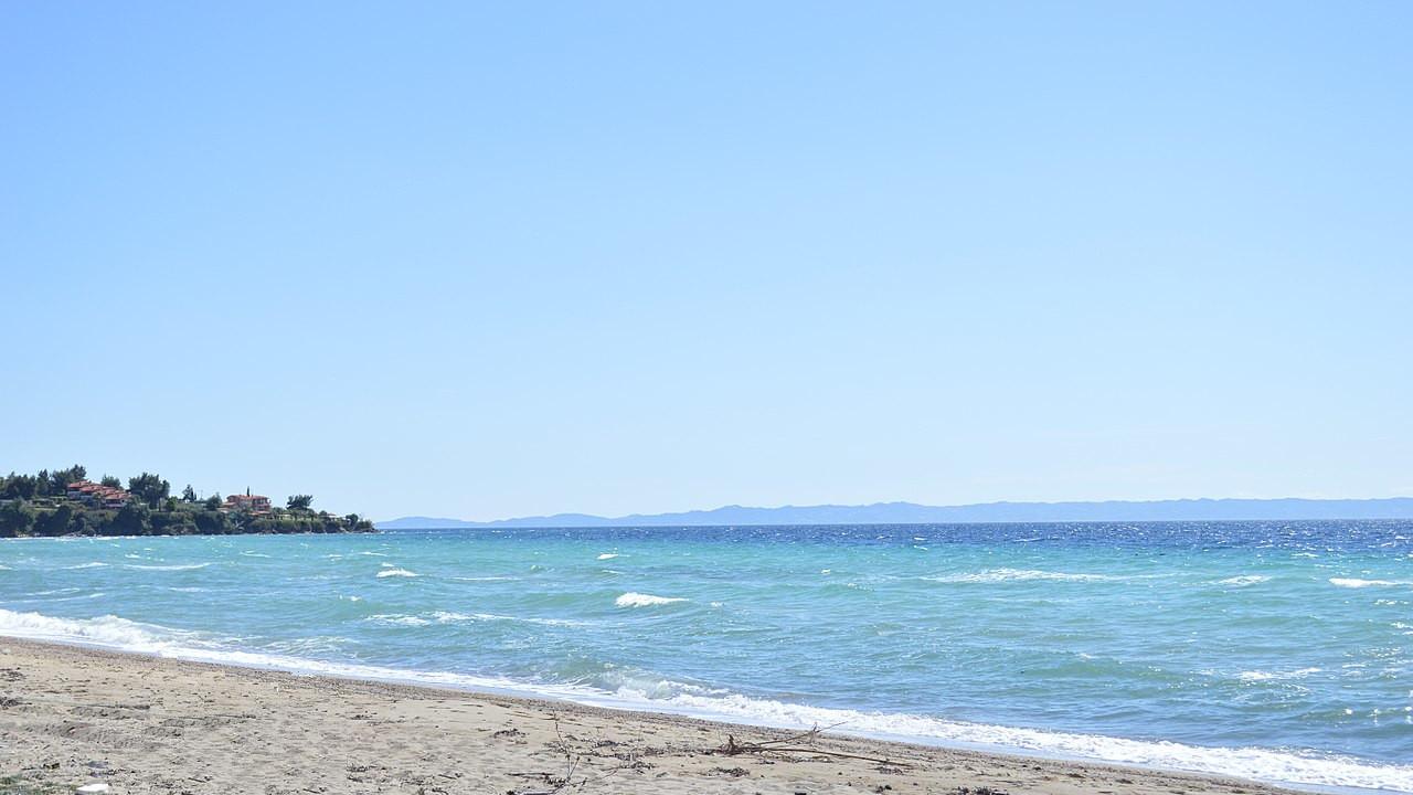 Nikiti_beach